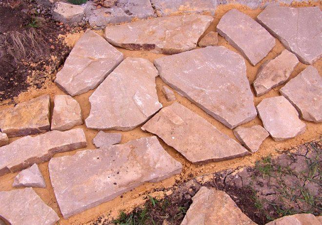 Камень для садовой дорожки